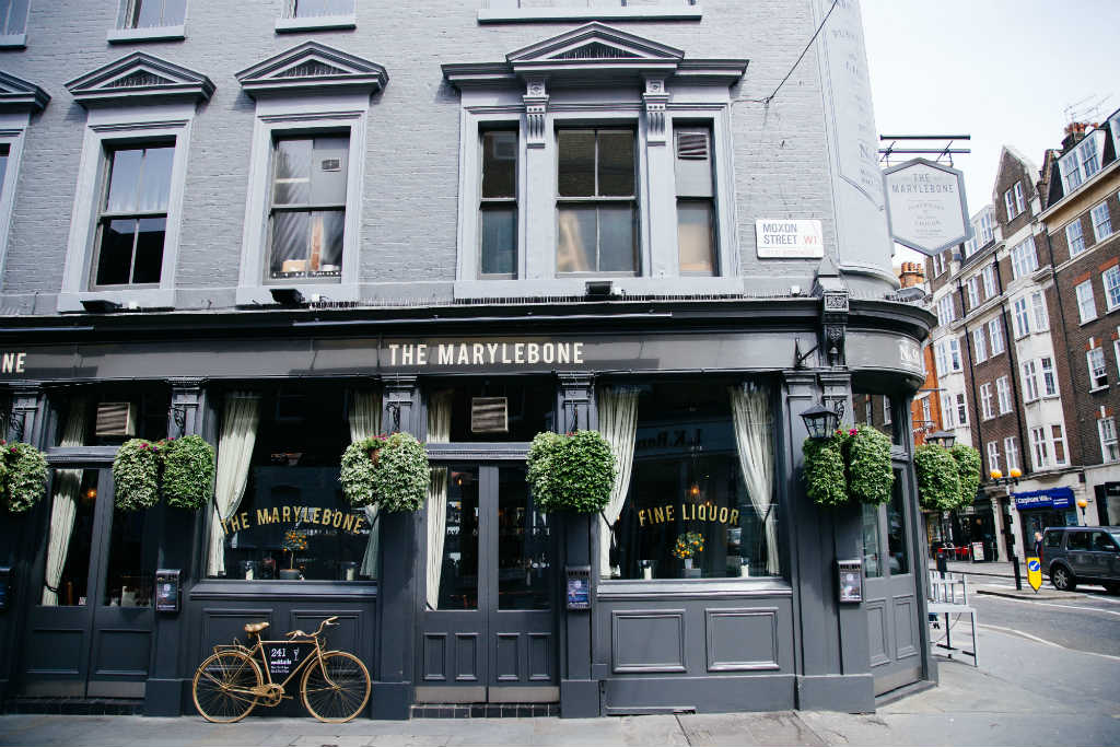 British pubs - the centre of community life, Magic of London - Part 1, Why I love London by Miss F Mixer