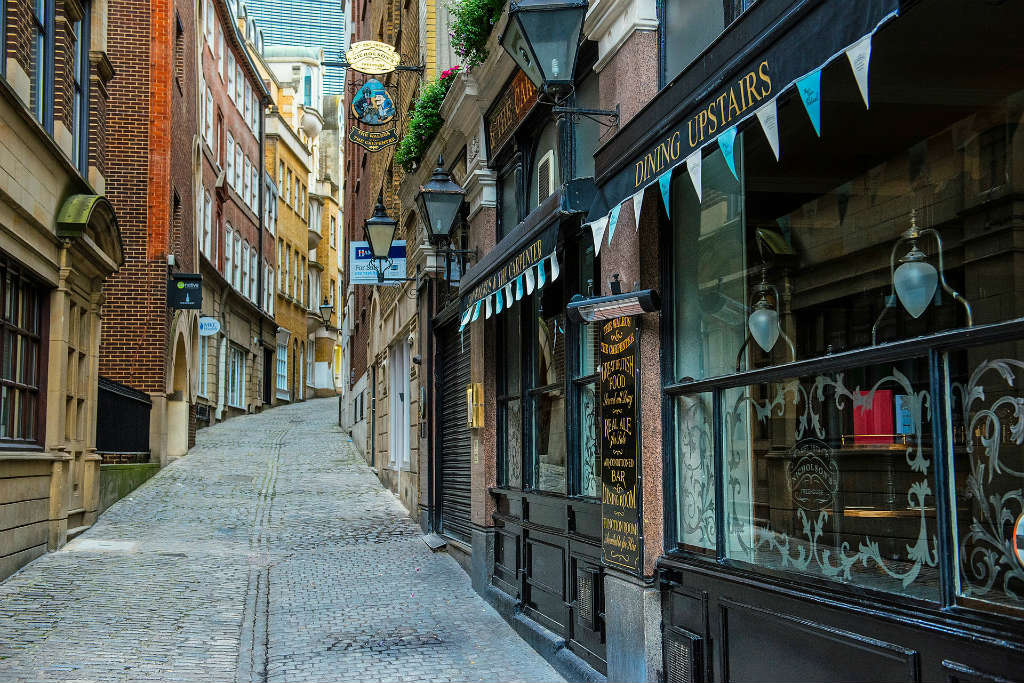 charming cobbled streets of London, Magic of London - Part 1, Why I love London by Miss F Mixer