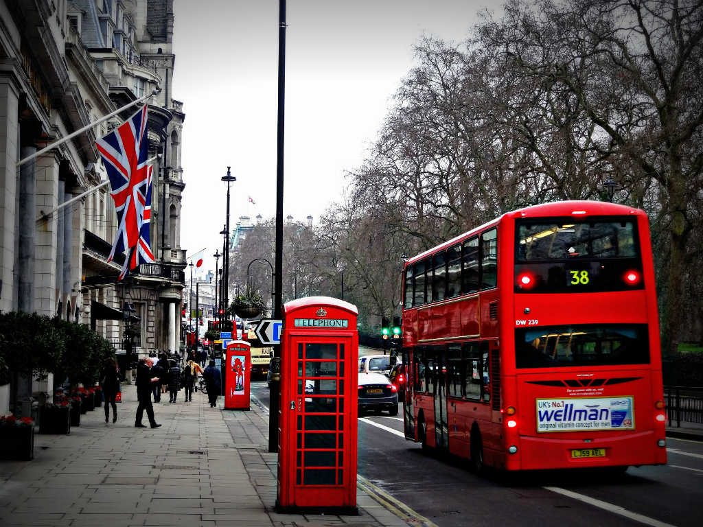 red bus in London, Magic of London - Part 1, Why I love London by Miss F Mixer