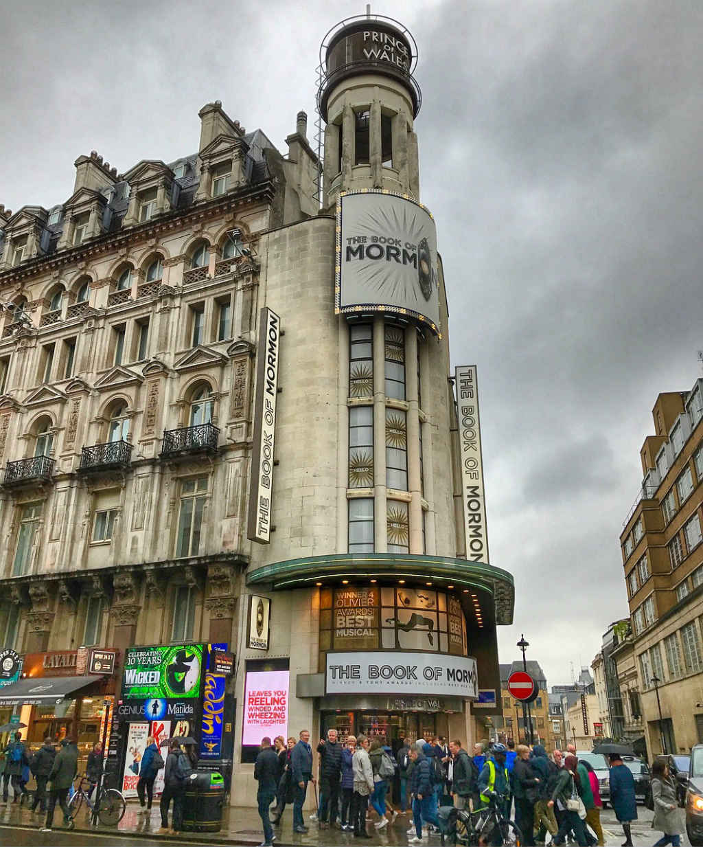 Theatre in London-things to do-See London like a local-Magic of London-Part Two-Miss F Mixer