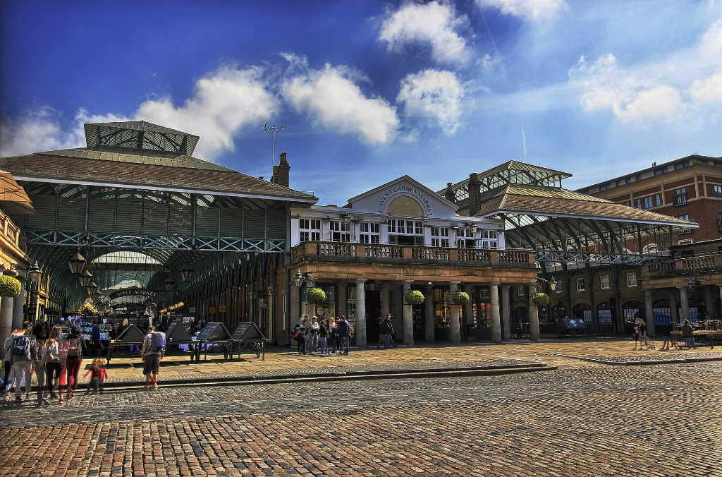 cobbled streets in Covent Garden-things to do-See London like a local-Magic of London-Part Two-Miss F Mixer