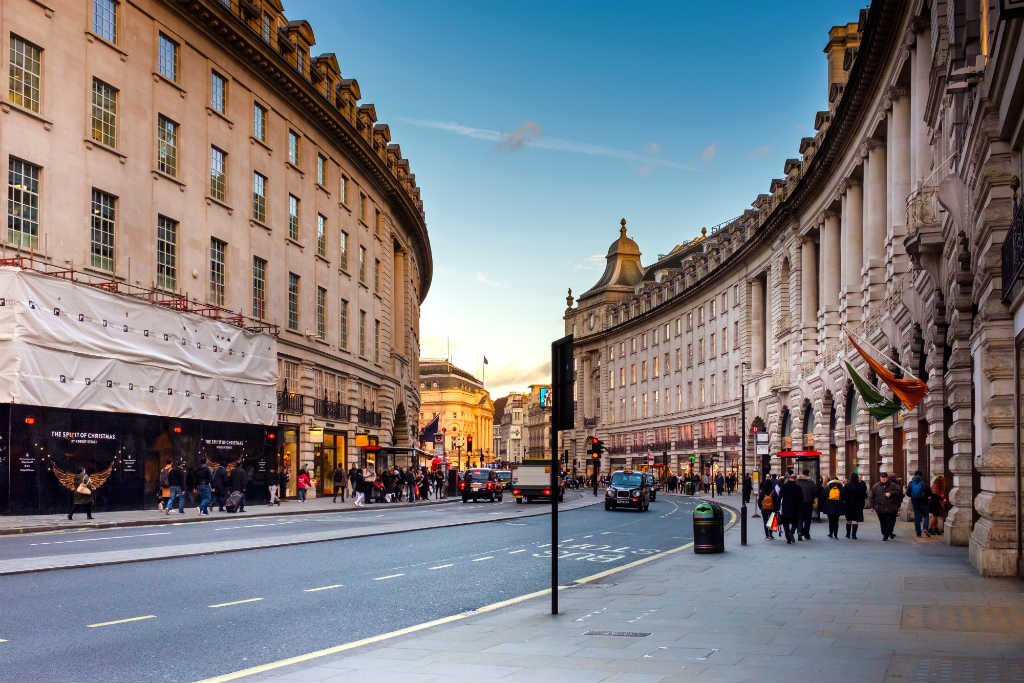 oxford street-shopping district-things to do-See London like a local-Magic of London-Part Two-Miss F Mixer